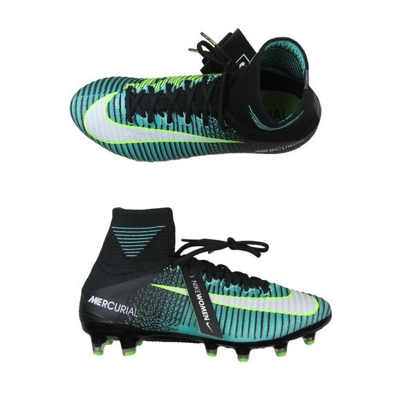 Nike Mercurial Vapor XI AG Pro Soccer Cleats. M 5c44f5532beb79b9317e4dec 39f420d843